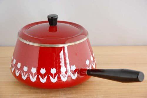 デンマークで見つけたホーロー製のレトロなフォンデュパン(片手鍋)の商品写真