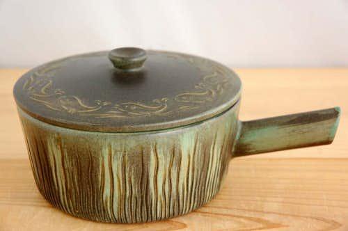 デンマークで見つけた陶器の片手鍋の商品写真