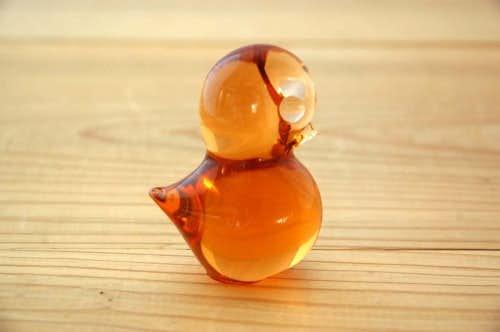 スウェーデンで見つけたガラスでできた小鳥のオブジェの商品写真