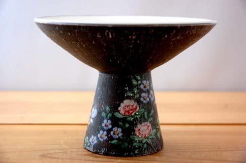 スウェーデンで見つけた陶器のキャンドルスタンドの商品写真