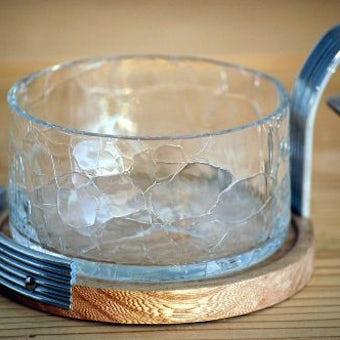 スウェーデンで見つけた木製台付きガラスのシュガーポットの商品写真
