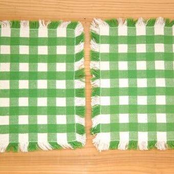 スウェーデンで見つけた織センタークロス2枚セット(グリーン&ホワイト、チェック模様)の商品写真
