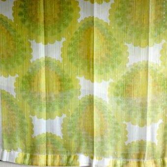 スウェーデンで見つけたヴィンテージカーテン2枚セット(ブラウン&グリーン花柄)の商品写真
