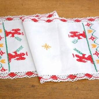 クリスマス!!/スウェーデンで見つけたテーブルランナー(レースの縁取り付き、天使)の商品写真