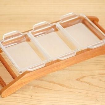 スウェーデンで見つけた木製の台付きガラスプレートのオードブルセットの商品写真