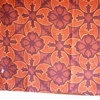 スウェーデンで見つけたカーテン(ダークブラウン、花柄)の商品写真