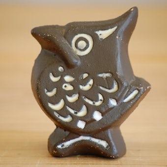 スウェーデンで見つけたユニークな鳥モチーフの陶器のオブジェの商品写真