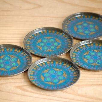 デンマークで見つけたブリキ缶コースター5枚セットの商品写真