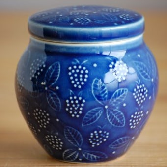 ARABIA/アラビア/イチゴ模様のシュガーポット(ブルー)の商品写真