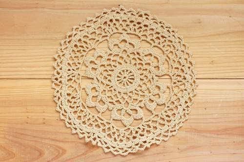 スウェーデンで見つけた手編みドイリー(9)の商品写真