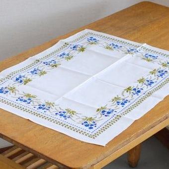 スウェーデンで見つけたセンタークロス(ホワイト&ブルー小花)の商品写真