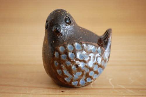 スウェーデンで見つけた陶器の小鳥オブジェ(小)の商品写真