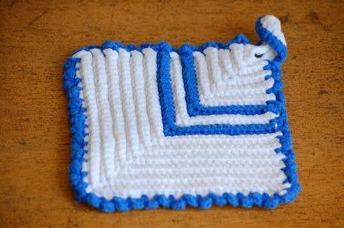 スウェーデンで見つけた手編みポットマット(1)の商品写真