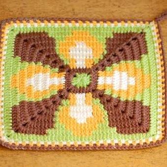 スウェーデンで見つけた手編みポットマット(2)の商品写真