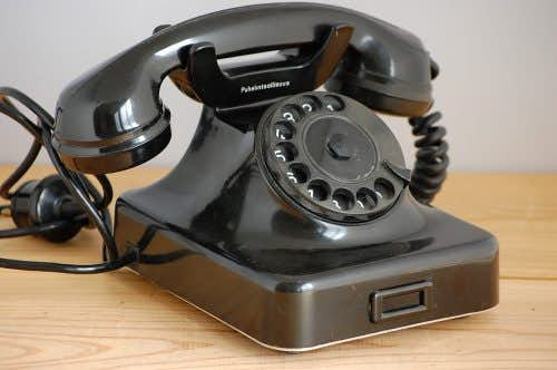 デンマークで見つけた古い黒電話の商品写真
