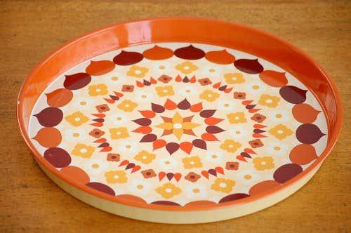 スウェーデンで見つけたブリキのトレー(ブラウンお花)の商品写真