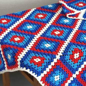 スウェーデンて見つけた手編みブランケット(ブルー&レッド)の商品写真