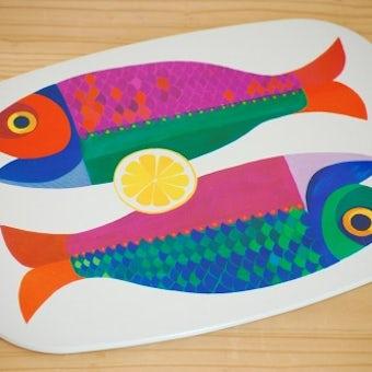 スウェーデンで見つけたプラスティック製ボード(お魚柄)の商品写真