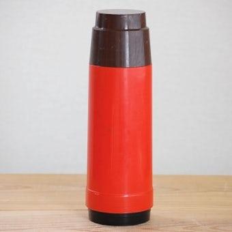 スウェーデンで見つけたヴィンテージ魔法瓶(レッド)の商品写真