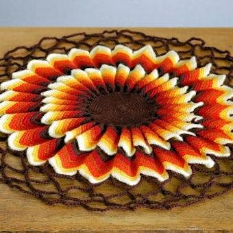 スウェーデンで見つけた手編みマットの商品写真