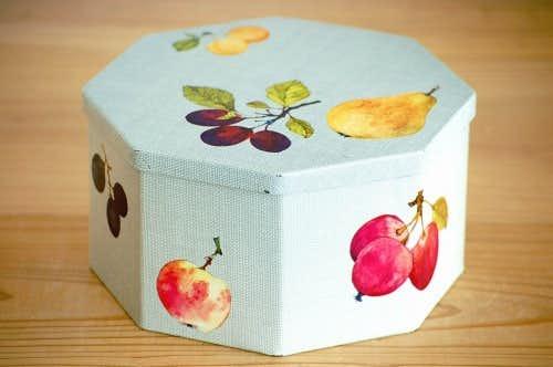 デンマーク/IRA社製/果物柄が可愛い古いブリキ缶の商品写真