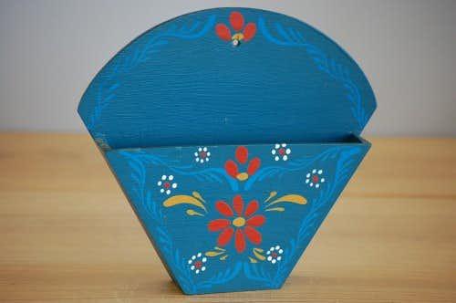 スウェーデンで見つけた木製のコーヒーフィルター入れ(ブルー)の商品写真