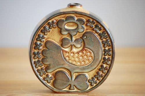 デンマークで見つけた陶器の可愛い花瓶(鳥とお花)の商品写真