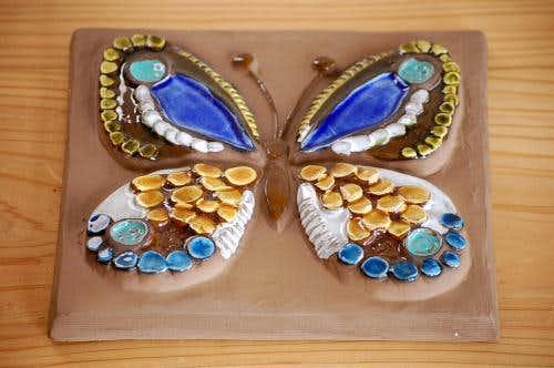 スウェーデン/JIE釜/陶板の壁掛け(美しい蝶)の商品写真