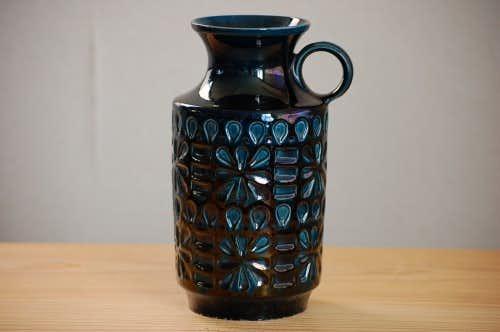 デンマークで見つけたピッチャー型の陶器の花瓶(ブルー)の商品写真