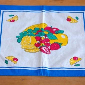 スウェーデンで見つけたフルーツ柄が可愛いセンタークロス(ブルー)の商品写真