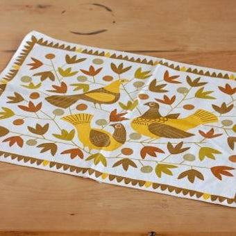 スウェーデンで見つけたセンタークロス(黄色い鳥)の商品写真