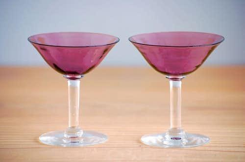 スウェーデンで見つけたアペリティフ(食前酒)グラス2個セット(パープル)の商品写真