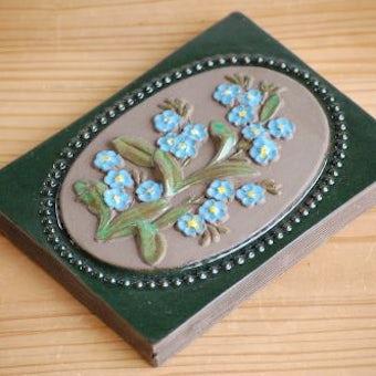 スウェーデン/JIE釜/陶板の壁掛け(水色のお花)の商品写真