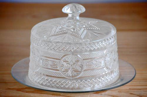 スウェーデンで見つけたガラス細工が美しいチーズドームの商品写真