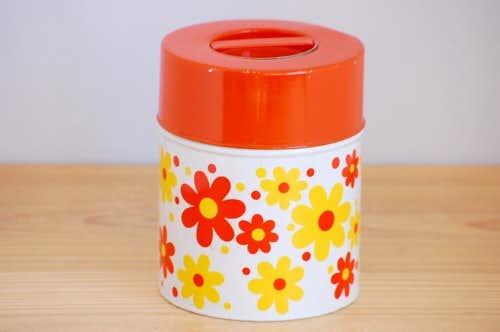 スウェーデンで見つけた古いブリキ缶(オレンジ・花柄)の商品写真