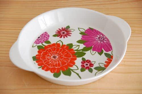 デンマークで見つけたお花模様のオーブン皿の商品写真