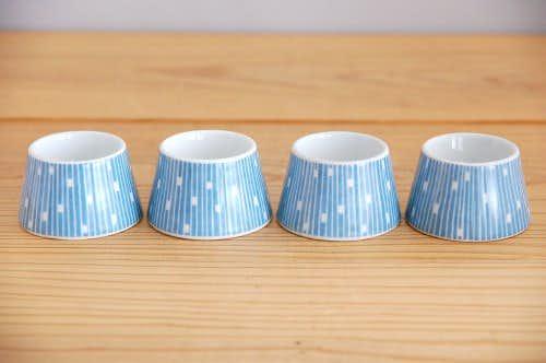 デンマークで見つけたエッグカップ4個セット(ブルー)の商品写真