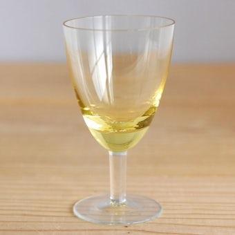 スウェーデンで見つけたアペリティフグラス(イエロー)の商品写真