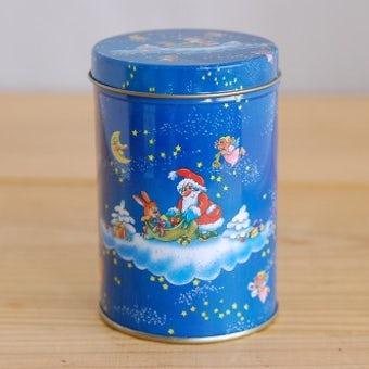 フィンランドで見つけたサンタクロース柄が可愛いブリキ缶の商品写真