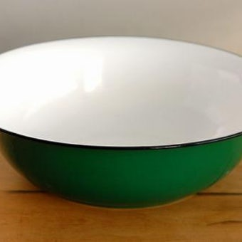 スウェーデンで見つけた素敵すぎるホーロー製の洗面器(グリーン)の商品写真
