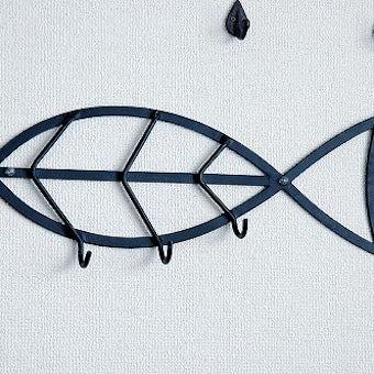 スウェーデンで見つけたアイアンの壁掛けフック(お魚型)の商品写真