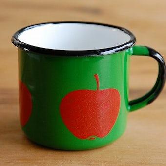 デンマークで見つけたホーロー製マグカップ(リンゴ)の商品写真