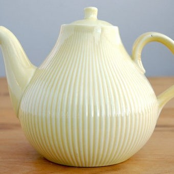 RORSTRAND/ロールストランド/陶器のティーポット(イエロー)の商品写真