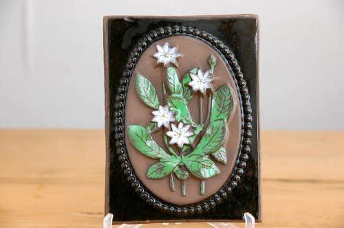 スウェーデン/JIE釜/陶板の壁掛け(白いお花)の商品写真