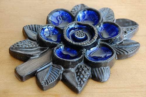 これはレア!Upsala Ekeby/ウプサラエクビイ/お花モチーフの陶板の壁掛けの商品写真
