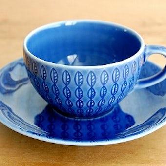 スウェーデンで見つけた葉っぱ模様のカップ&ソーサー(ブルー)の商品写真