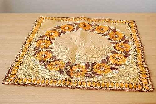 スウェーデンで見つけたセンタークロス(ブラウン・花柄)の商品写真