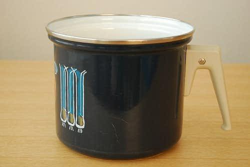 デンマークで見つけたホーロー片手鍋(ブルー)の商品写真