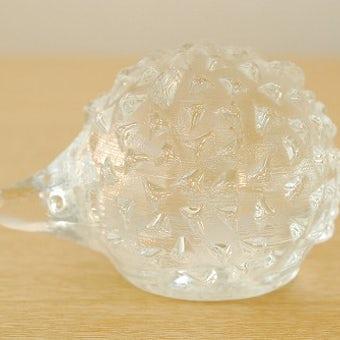 スウェーデンで見つけたガラス製ハリネズミのオブジェの商品写真