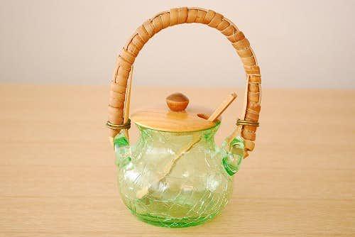 スウェーデンで見つけたガラス製のマスタードポット(木蓋&木ベラ付き)の商品写真